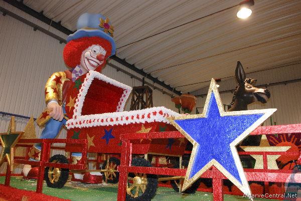 Fotos Construção de carros Alegoricos do Carnaval de Loule 2013 - C.M.Loule - Mira (8)